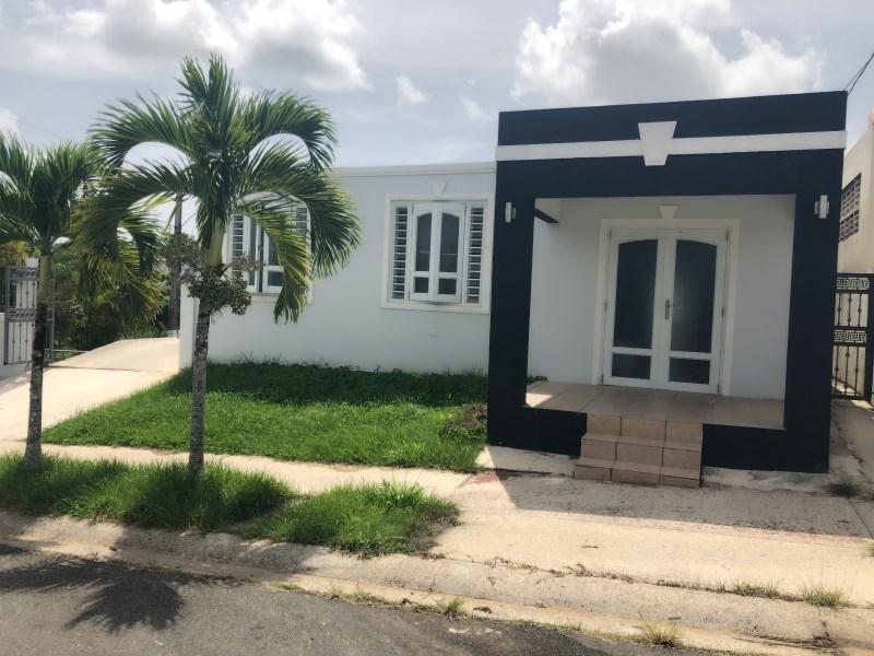 RE/MAX real estate, Puerto Rico, Cidra, Urb. Villas del Bosque, Cidra
