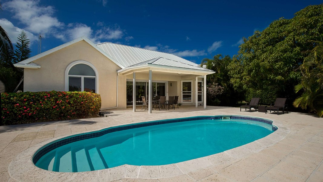 RE/MAX real estate, Cayman Islands, Spotts, Patrick's Island Canal Front Family Home