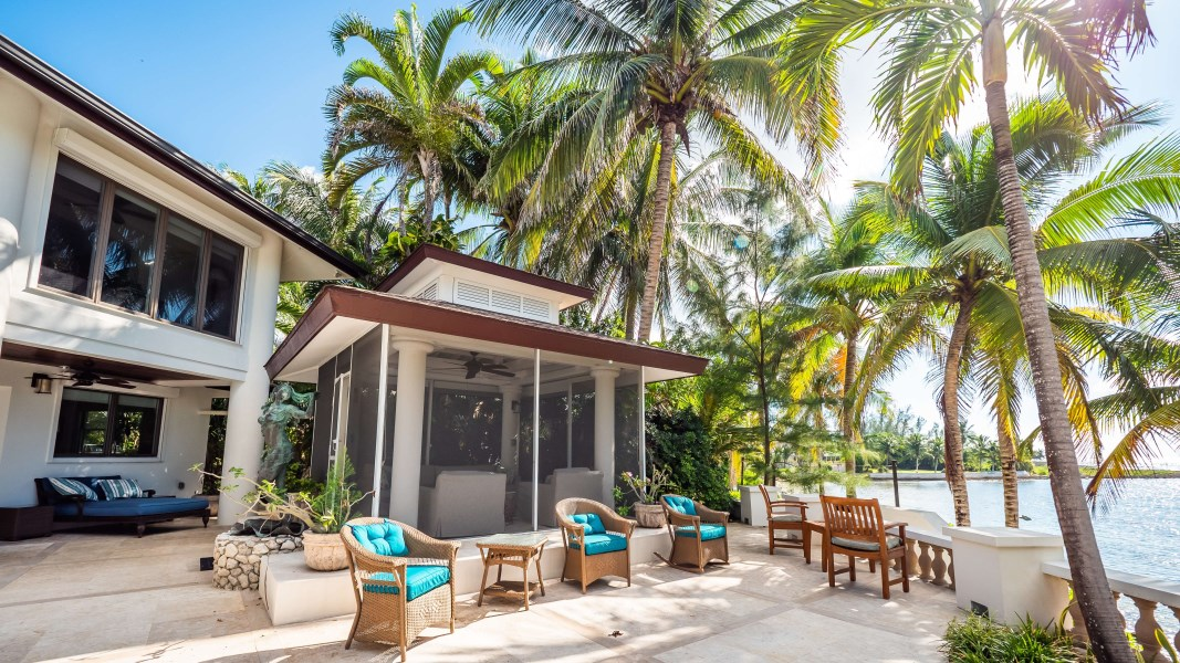 RE/MAX real estate, Cayman Islands, Prospect, Old Prospect Point Beach Home