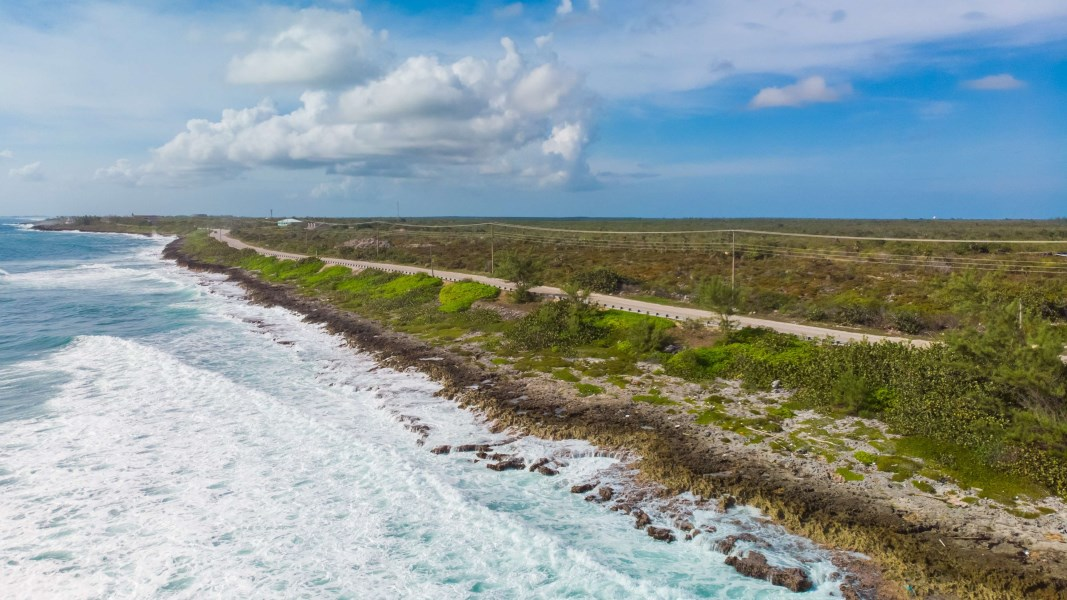 RE/MAX real estate, Cayman Islands, East End, Sea View Road Oceanfront Parcel