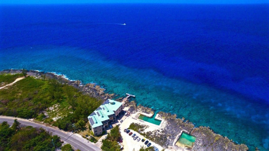 RE/MAX real estate, Cayman Islands, W Bay Bch West, Lighthouse Point #1 Ground Floor 2/2 (Fractional Ownership)