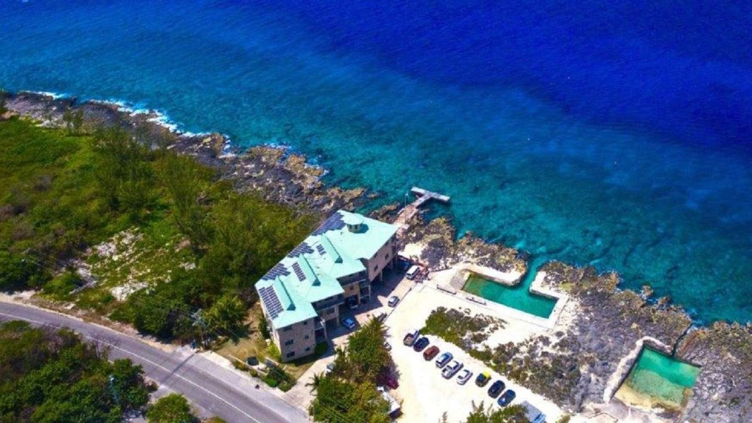 RE/MAX real estate, Cayman Islands, W Bay Bch West, Lighthouse Point Ground Floor 2/2 (Fractional Ownership)