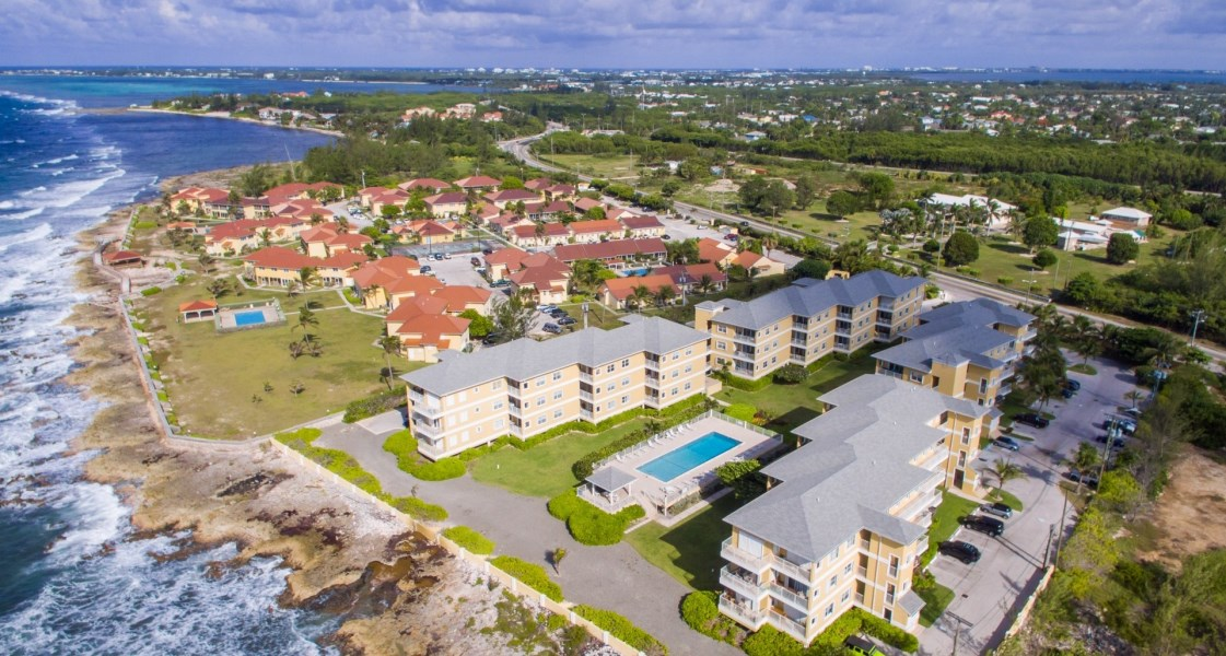 RE/MAX real estate, Cayman Islands, Spotts, Freehold - Shore Shore #106 is