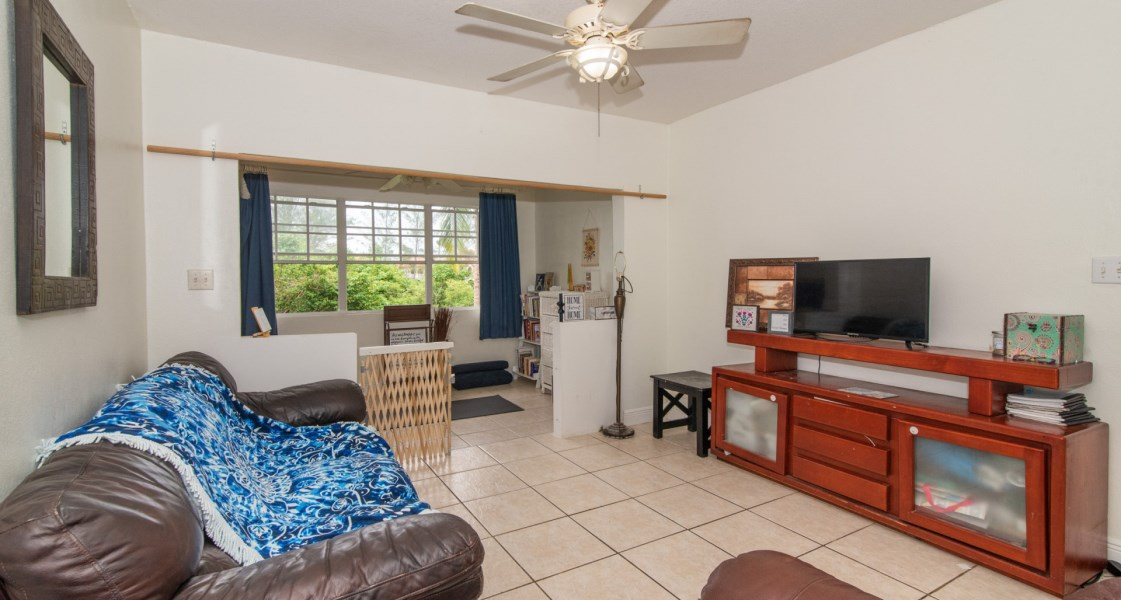 RE/MAX real estate, Cayman Islands, Prospect, Freehold - Fantastic 2 bed, 2 b
