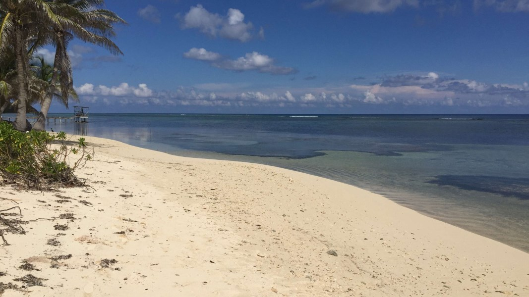 RE/MAX real estate, Cayman Islands, North Side, North Side Sandy Beachfront Lot