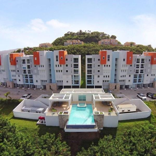 RE/MAX real estate, Puerto Rico, Luquillo, Spectacular in Ocean Plaza Luquillo PR