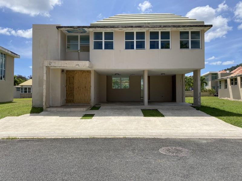 RE/MAX real estate, Puerto Rico, uRB Casabella, Urb. Casa Bella Short Sales