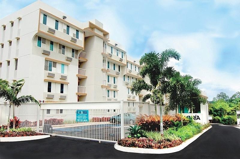 RE/MAX real estate, Puerto Rico, Cupey, El Maria