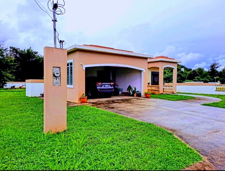 RE/MAX real estate, Puerto Rico, Manati, Bo. Coto Int. Sector Guayaney, Manatí PR 00674