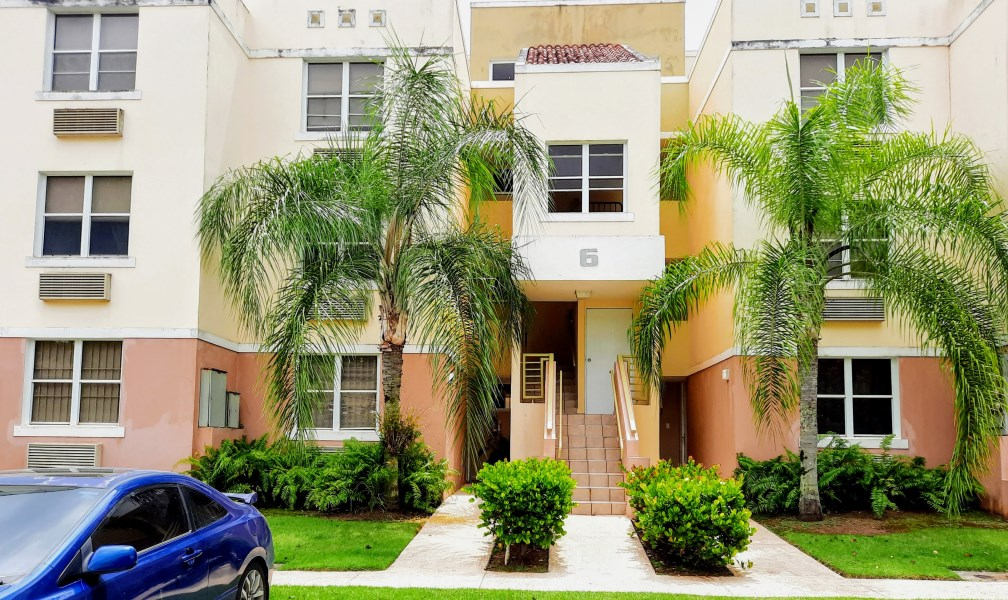 RE/MAX real estate, Puerto Rico, Toa Baja, Condominio Quinta Real -PH