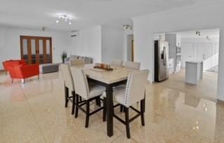 RE/MAX real estate, Puerto Rico, Santurce, PH 5B/3B. Great Location Ocean View