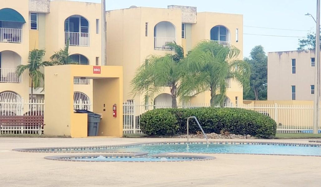 RE/MAX real estate, Puerto Rico, Rio Grande, Miradores del Yunque Cond  Beautiful 2nd floor unit
