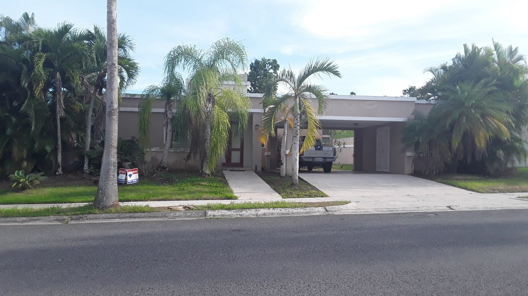 RE/MAX real estate, Puerto Rico, Caguas, La Serrania Caguas