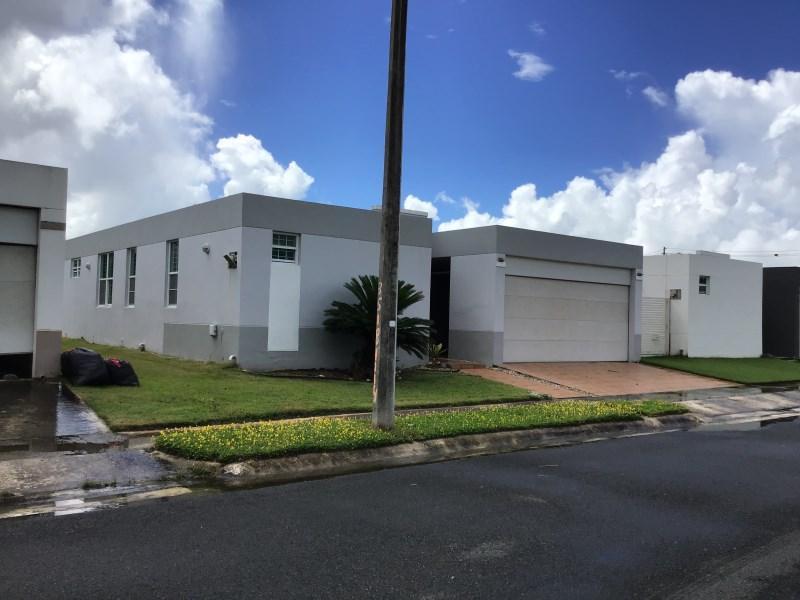 RE/MAX real estate, Puerto Rico, URB La Estancia, La Estacia Dev. / Las Piedras, PR