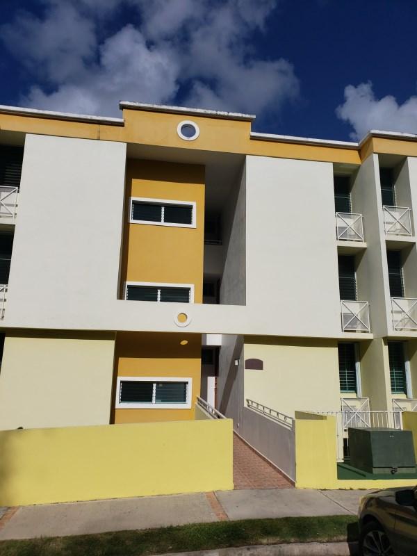 RE/MAX real estate, Puerto Rico, Canovanas, Condominio Alborada en Canóvanas