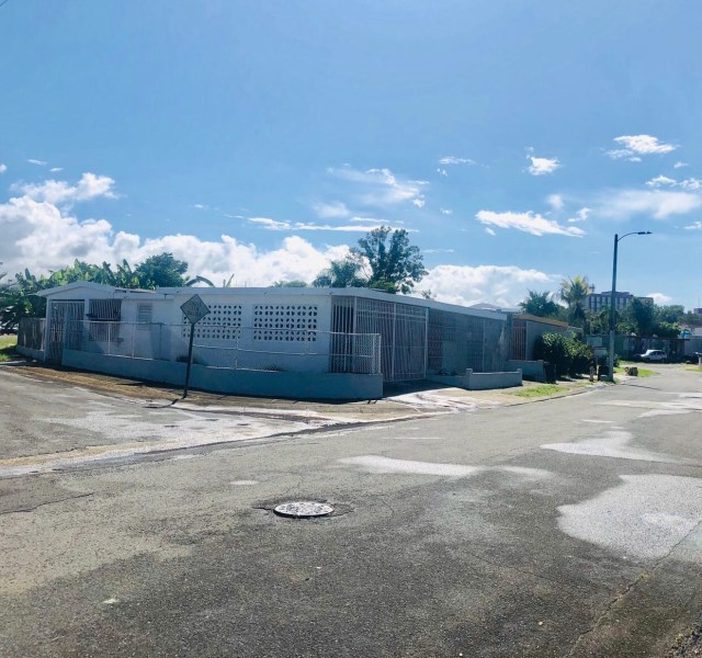 RE/MAX real estate, Puerto Rico, URB Caguas Norte, CAGUAS NORTE cerca de Plaza Centro, Caguas