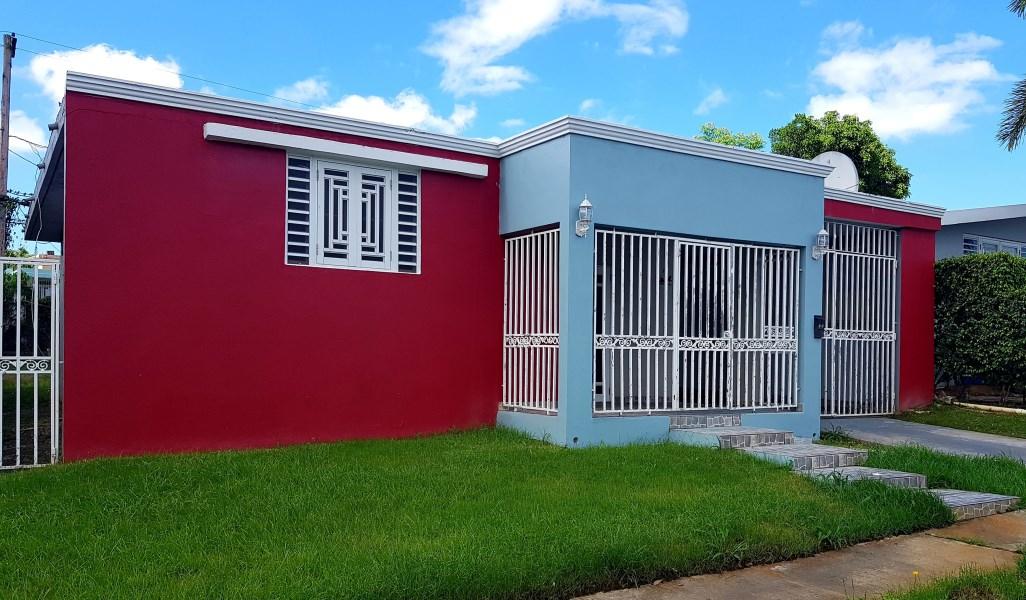 RE/MAX real estate, Puerto Rico, Repto Flamingo, Urbanización Reparto Flamingo calle N BLQ P9 Bayamón