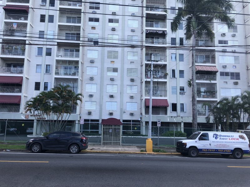 RE/MAX real estate, Puerto Rico, 65th Infantry, Conveniently  located 2 bedroom apartment. near Mall, Airport and Hospital, Great Value