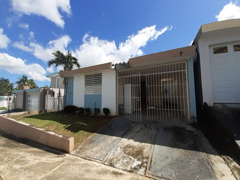 RE/MAX real estate, Puerto Rico, URB La Providencia, Property in La Providencia Toa Alta