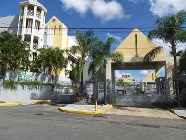 RE/MAX real estate, Puerto Rico, Guaynabo, Comfortable apartment in a very central area of Guaynabo!
