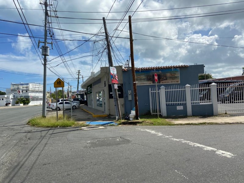 RE/MAX real estate, Puerto Rico, Isla Verde, Office Space 8PK,Wi-Fi, COVID-19 FREE ZONE