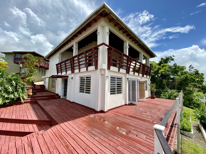 RE/MAX real estate, Puerto Rico, URB Las Haciendas Canovanas, Gorgeous 3,137 square meter mountain country estate with two houses and breathtaking views in the El Yunque Rainforest vicinity.