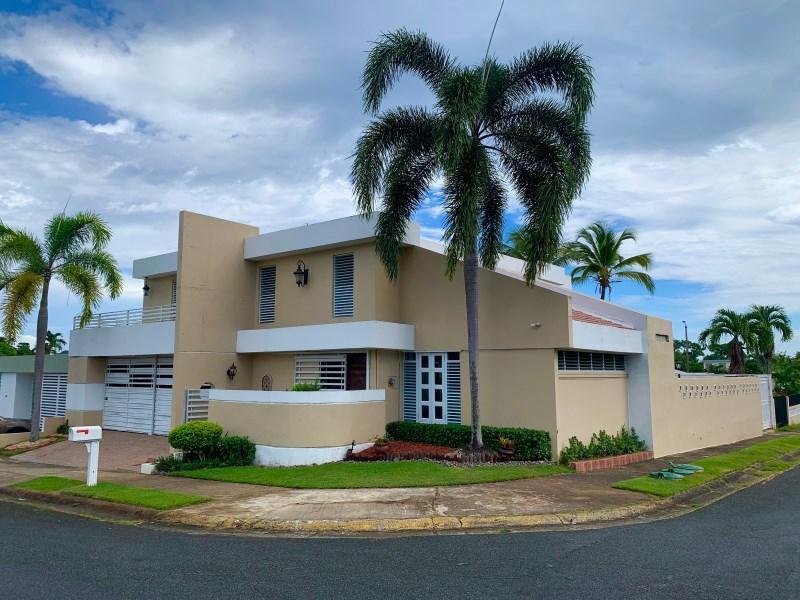 RE/MAX real estate, Puerto Rico, uRB Monte Carlo, Amazing Property in Urb. Colinas de Monte Carlo