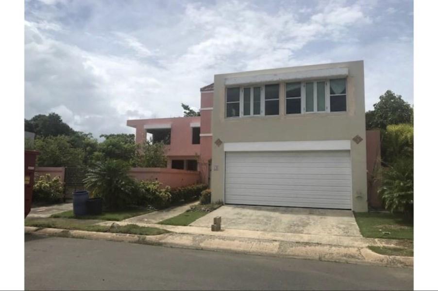 RE/MAX real estate, Puerto Rico, URB Cielo Dorado, Cielo Dorado Village, Vega Alta