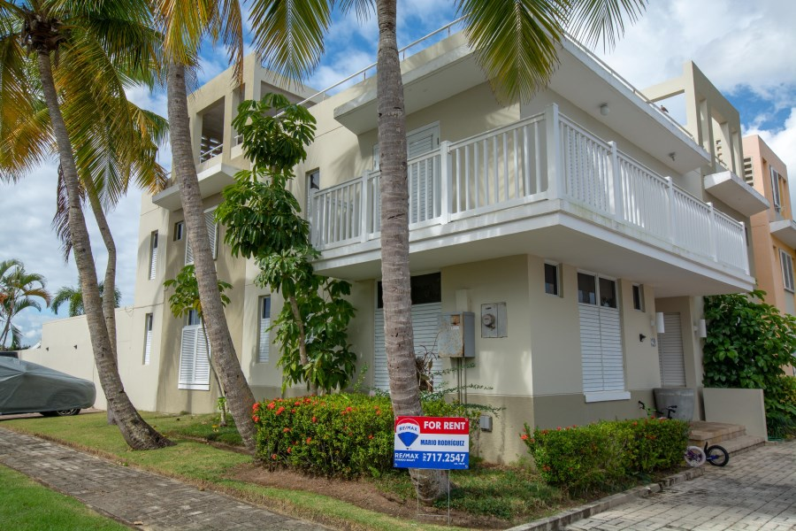 RE/MAX real estate, Puerto Rico, Bo Brenas, The Clusters