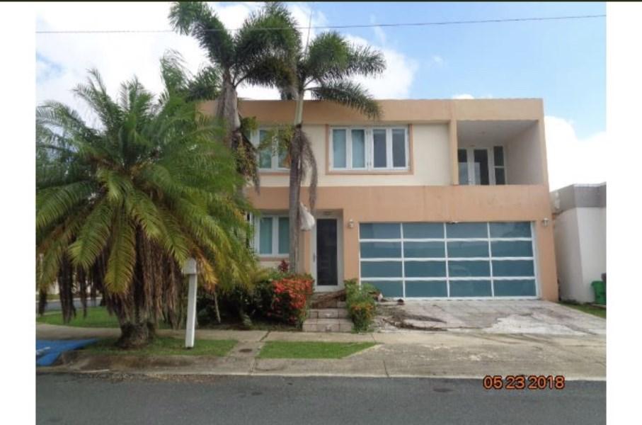 RE/MAX real estate, Puerto Rico, URB Montecasino Hts, Montecasino Heights, Toa Alta.