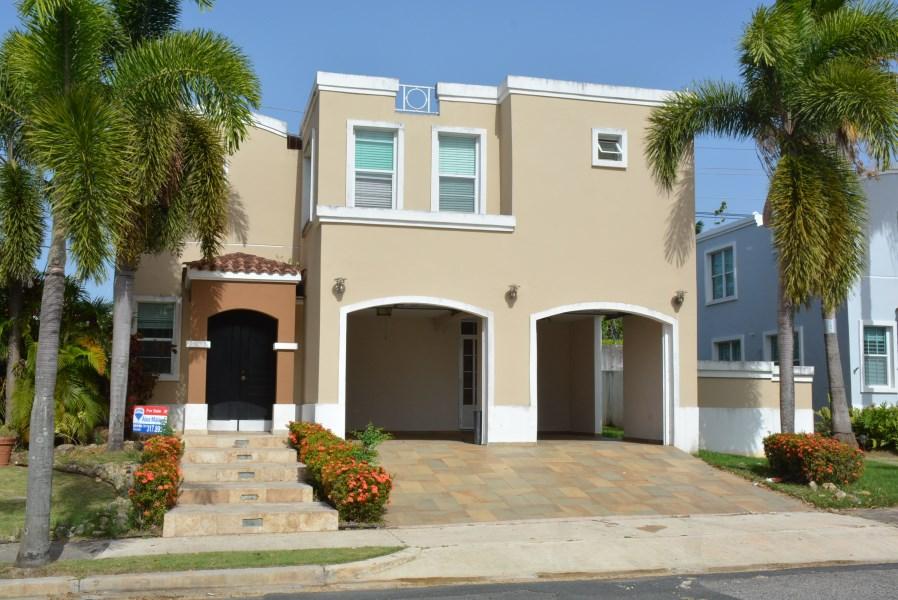 RE/MAX real estate, Puerto Rico, URB Las Palmas Cerro Gordo, Urb. Las Palmas de Cerro Gordo, Vega Alta Short sale