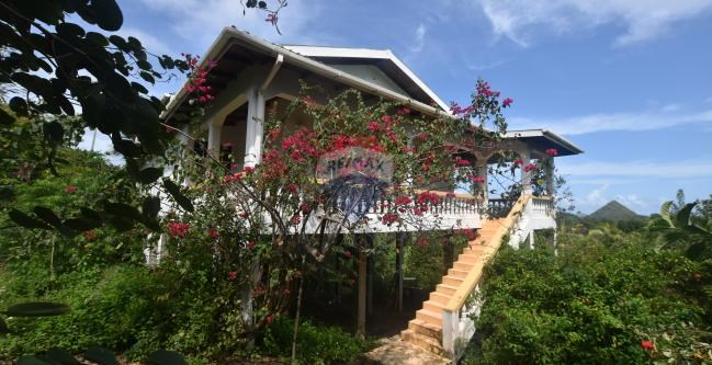 RE/MAX real estate, Grenada, Sauteurs, An intimate hideaway with breathtaking views  located  at Bathway, St Patricks
