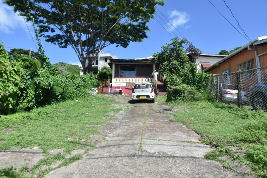 RE/MAX real estate, Grenada, Grand Anse, Opportunity to renovate and outfit as required!