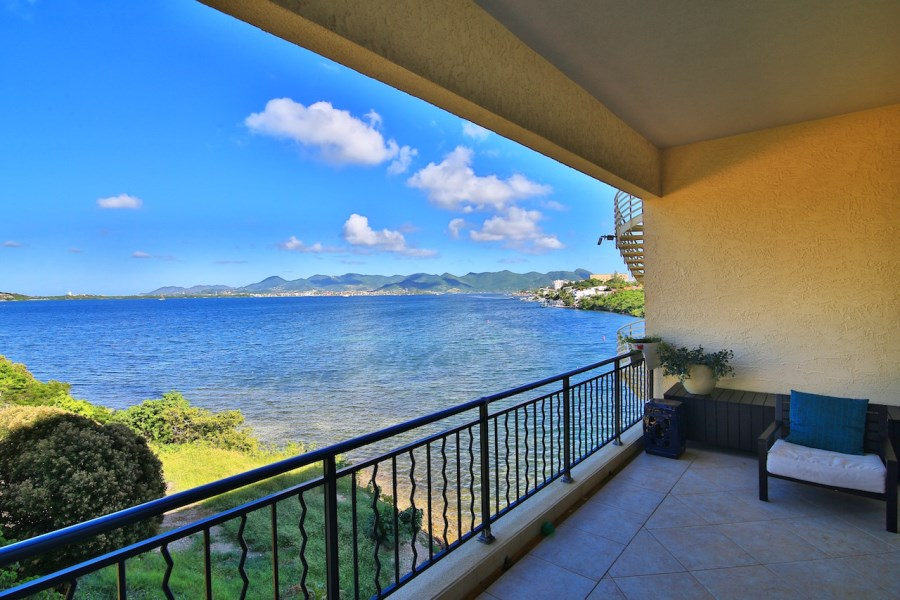 RE/MAX real estate, St. Maarten, Cupecoy, Porto Cupecoy Limitless Views.