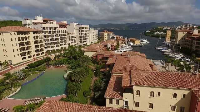 RE/MAX real estate, St. Maarten, Cupecoy, Porto Cupecoy