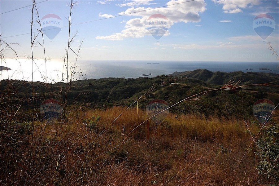 Remax real estate, Costa Rica, Potrero, BREATHTAKING OCEAN AND MOUNTAIN VIEWS LOT IN PACIFIC HEIGHTS
