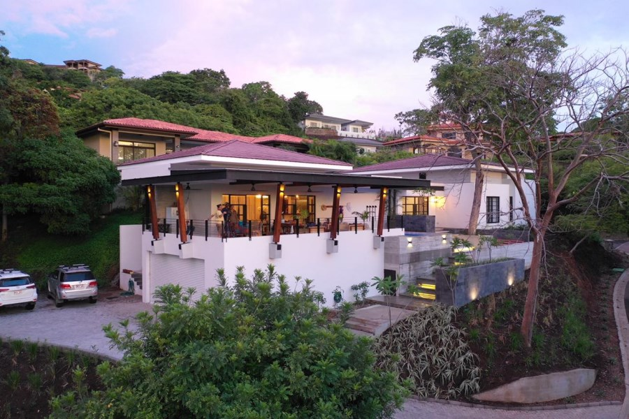 Remax real estate, Costa Rica, Playa del Coco, Villa Encanta
