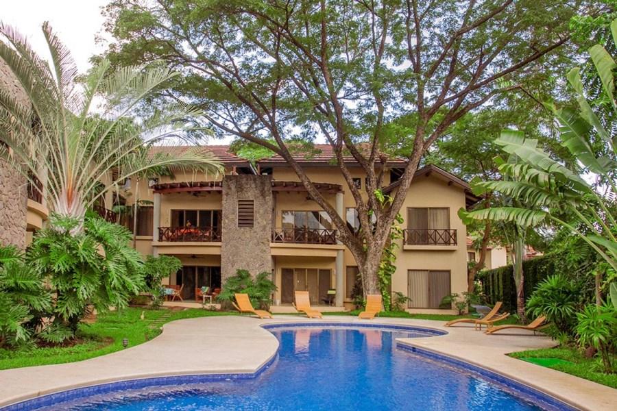 Remax real estate, Costa Rica, Playa del Coco, Sombras 104
