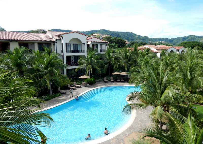 Remax real estate, Costa Rica, Playa del Coco, Condominium Pacifico L-216