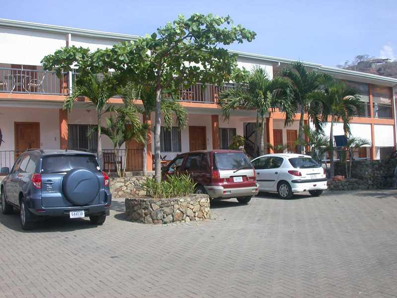 Remax real estate, Costa Rica, Playa Hermosa, Apartment Bolimar