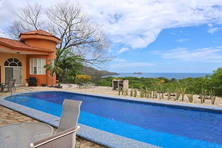 Remax real estate, Costa Rica, Playa Hermosa, Casa Molejon Monte Bello