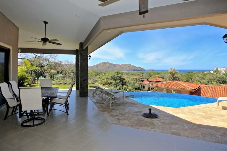 Remax real estate, Costa Rica, Playa del Coco, Pacifico Lot 113 House