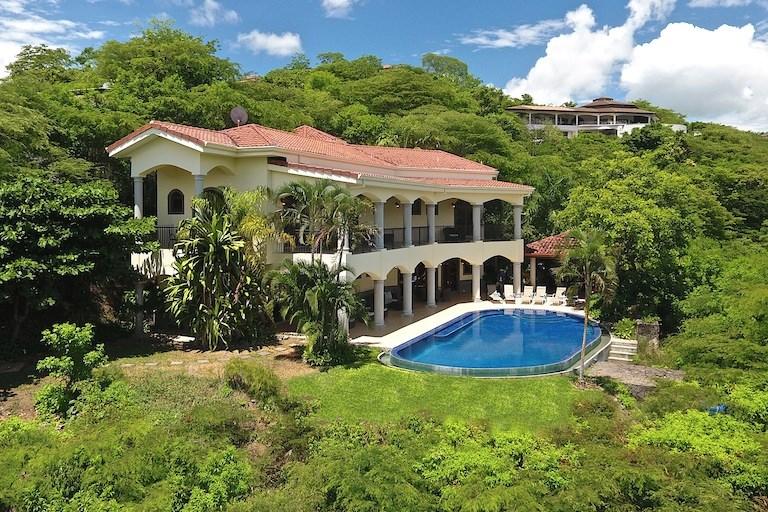 Remax real estate, Costa Rica, Playa Hermosa, Villa Cocobolo Monte Bello