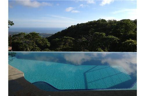 Remax real estate, Costa Rica, Hermosa Beach, Playa Hermosa Hills