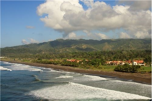 Remax real estate, Costa Rica, Hermosa Beach, Permitted lot in Hermosa Palms