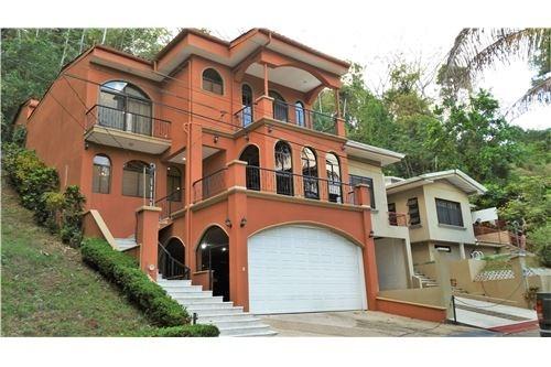 Remax real estate, Costa Rica, Punta Leona, Punta Leona Luxury Home