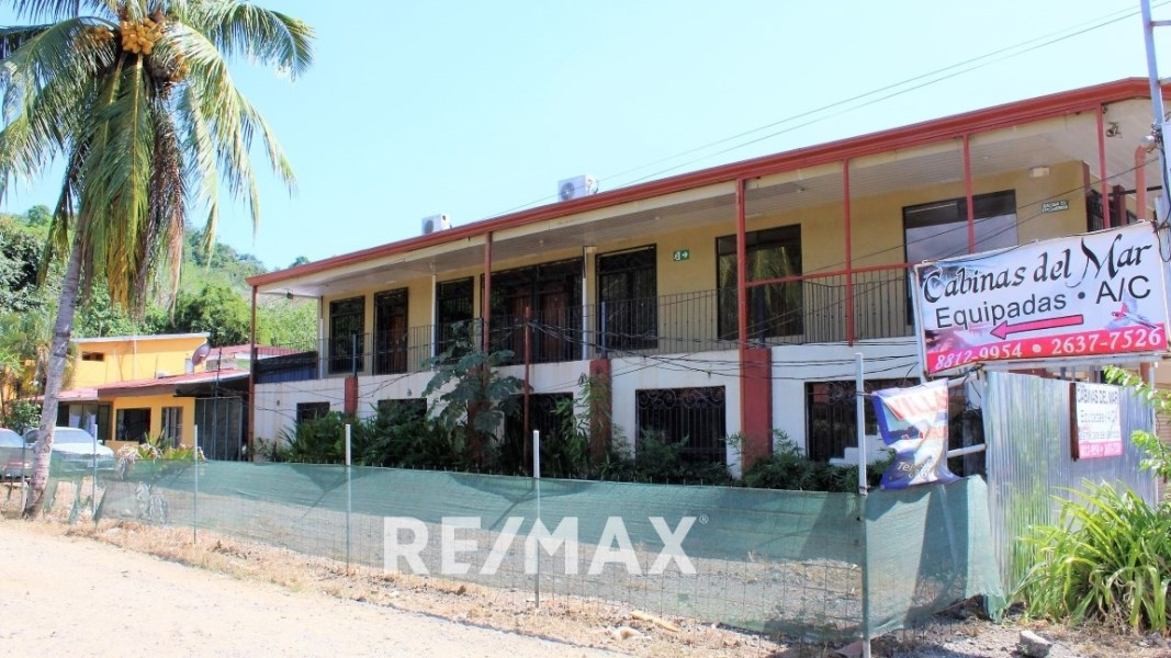 Remax real estate, Costa Rica, Herradura, 9 unit apartment building with store front