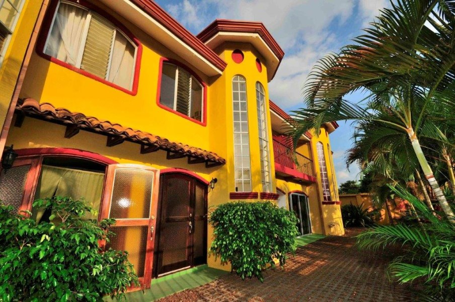 Remax real estate, Costa Rica, Jaco, Best Tropics Jaco Condo steps to the beach!