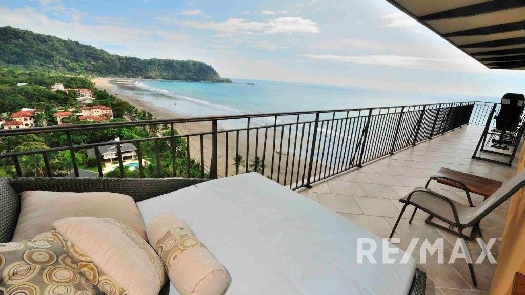 Remax real estate, Costa Rica, Jaco, Vista Las Palmas 11A - the finest 2-bedroom on the beach!