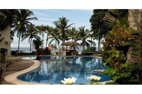 Remax real estate, Costa Rica, Jaco, Club Del Mar 2 Bedroom Beachfront Condo